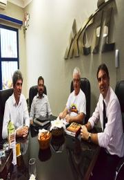 Representantes da Associação Comercial e Industrial de Mococa visitam a Acil