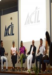 MÊS DO EMPREENDEDOR 2014 - Palestra sobre empreender  e Mesa Redonda com empresários encerram o mês de outubro