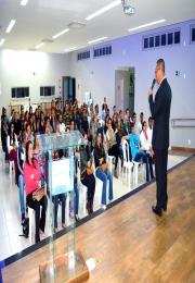 Palestras apresentaram erros e acertos para ajudar a aumentar as vendas e entender os clientes