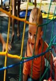 Acil realizou, junto à Feira dos Produtores Rurais, ação especial do Dia das Crianças e plantão de cadastros