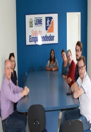 Sala do Empreendedor é inaugurada no pólo da Secretaria da Indústria e Comércio de Leme