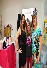 Santa Inês Tecidos comemora a Semana da Mulher com sessão de cuidados com a pele e dicas de maquiagem